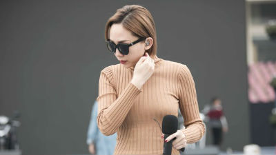Tóc Tiên, Soobin Hoàng Sơn cùng dàn nghệ sĩ tổng duyệt dưới cái lạnh 'thấu xương' cho đêm nhạc 'khủng' tại Hà Nội