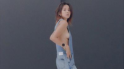 Ở ẩn sống cảnh điền viên đã lâu, 'nữ hoàng sexy' xứ Hàn Lee Hyori tái xuất bằng loạt ảnh thả rông trên tạp chí cực nóng bỏng