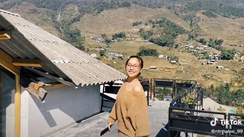Nhật Lê đăng clip đi chơi hậu Quang Hải đưa Huỳnh Anh đi sự kiện: Ngỡ vui vẻ nhưng 'nghe mà thấy thương'