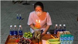 Sinh nhật của y sĩ giữa tâm dịch Đà Nẵng: Không hoa, không bánh kem nhưng có đồng đội