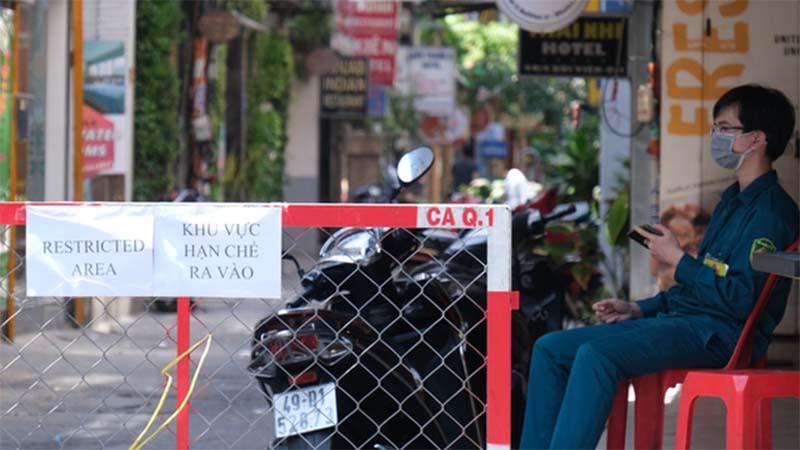 Công bố lịch trình ca nghi mắc Covid-19 sau khi rời Việt Nam: Trú tại nhiều khách sạn, di chuyển 11 quận huyện TP.HCM