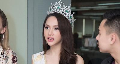 Câu trả lời khôn ngoan của Hương Giang khi bị mỉa mai: 'Dù đẹp đến mấy vẫnkhông phải là con gái?'