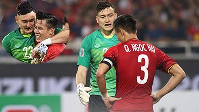 Tranh cãi cực gắt trên sân, Đặng Văn Lâm đã làm hành động này để khẳng định 'tình anh em keo sơn' với Quế Ngọc Hải