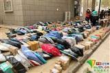 Giật mình khi sinh viên Trung Quốc mua đồ: Order tập thể, ship chất đống về trường