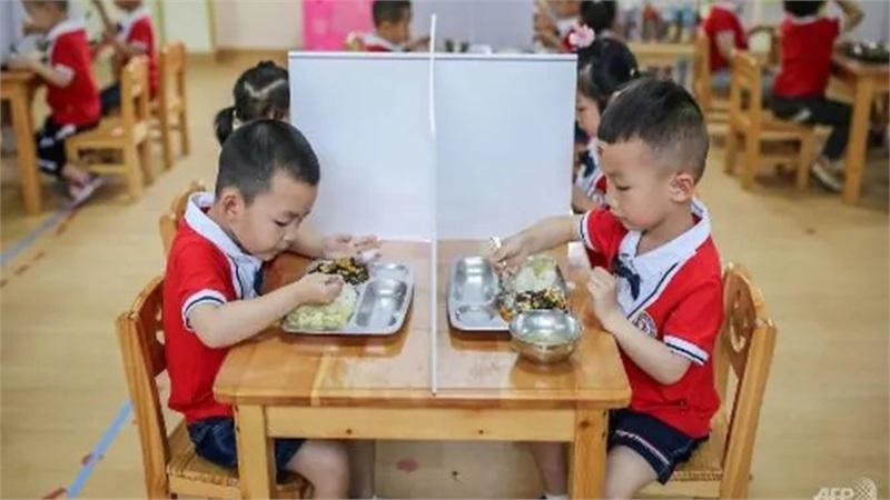 Trung Quốc: Giáo viên mầm non bị kết án tử hình vì đầu độc hàng chục học sinh bằng Natri nitrit