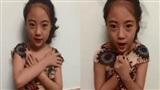 Bé gái 10X quay clip dạy cách phòng chống 'Yêu râu xanh' gây chú ý