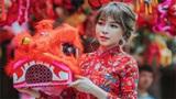 Hotgirl Trâm Anh khoe đường cong nóng bỏng với áo dài dạo chơi trung thu phố Hàng Mã