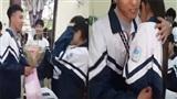 Clip: Nam sinh Thái Nguyên 'chơi lớn' tỏ tình crush vào ngày 8/3 và cái kết mỹ mãn