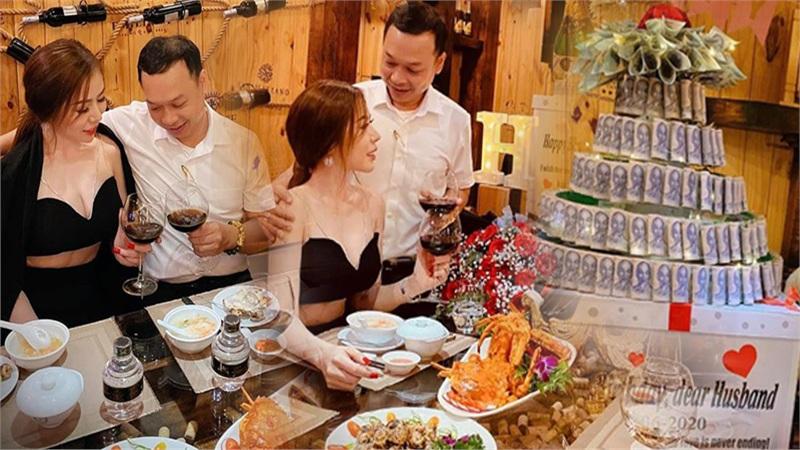 Vợ xinh tặng chồng nhẫn kim cương và bánh gato được xếp bằng 250 triệu đồng tiền mặt nhân dịp sinh nhật