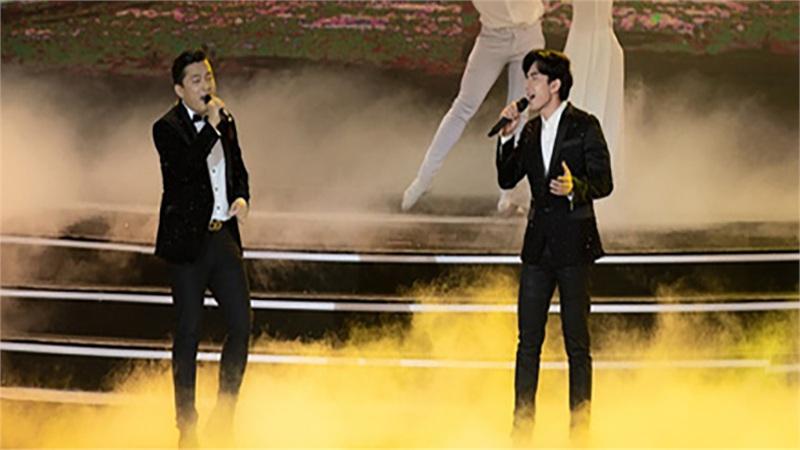 Cả thanh xuân ùa về khi Lam Trường - Đan Trường song ca loạt hit đình đám trên sân khấu HH Việt Nam