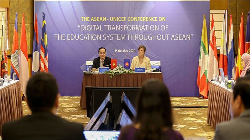 ASEAN quyết tâm chuyển đổi số, xóa mù công nghệ trong giáo dục