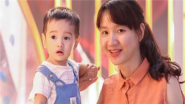 'Năm nay đi cô bao tiền? 500 nghìn thì nhiều đấy' và bài viết gây 'sốt' của một bà mẹ ở Hà Nội gửi đến các bậc phụ huynh ngày 20/11