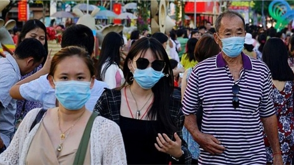 Khẩn: Hà Nội tiếp tục dừng các hoạt động tập trung đông người không cần thiết