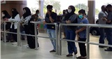 Máy bay rơi ở Indonesia: Người thân hy vọng tìm được thi thể nạn nhân