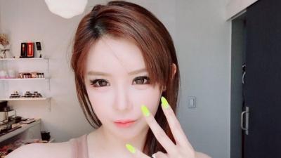 Ám chỉ 'ai đó' đã hủy hoại 2NE1, liệu Park Bom đang nói đến Minzy và Yang Hyun Suk?