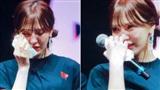 Wendy (Red Velvet) khóc nức nở tại concert vì lần đầu được SM cho phép làm điều này!