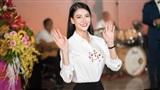 Hoa hậu Trái đất Phương Khánh: 'Tôi từng ăn mì gói để dành dụm tiền đi học'