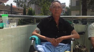 Tình hình sức khỏe hiện tại của nghệ sĩ Lê Bình: Ung thư xâm nhập vào tủy, liệt gần nửa người