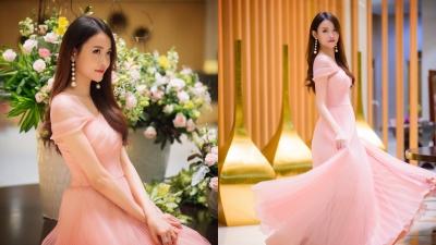 Á hậu Trương Mỹ Nhân xinh đẹp tựa công chúa, chấm thi nhan sắc cũng không quên khoe vẻ đẹp mong manh