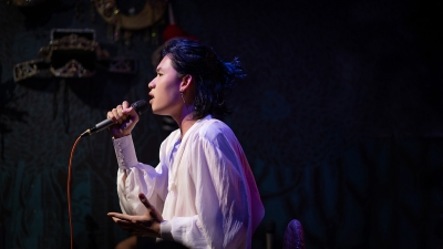 Lần đầu làm show riêng, Quang Trung khiến khán giả 'tròn mắt' vì hát live liên tục 23 ca khúc