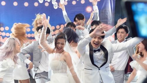 Hơn 1 ngày đã qua từ khi 'Yêu là cưới' ra lò, khán giả nói gì về bài hát mới của vợ chồng Nhi - Thắng?