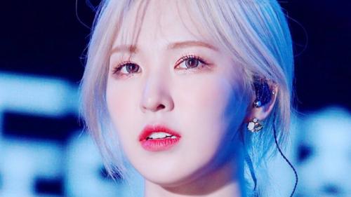 Cùng nhuộm tóc vàng hoe, Rosé, Wendy xinh như tiên tử, Hyoyeon thoát số bị chê 'xấu'
