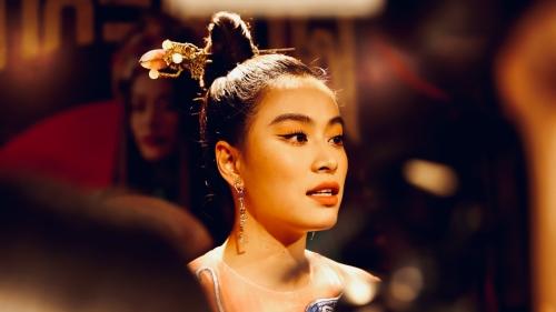 Hoàng Thùy Linh ra mắt MV 'Duyên âm': Tái hiện Nhật ký Vàng Anh, 'Quỳnh Trần JP - bé Sa' xuất hiện đầy đáng yêu và hơn thế nữa...