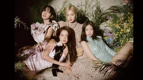 Bóc mác trang phục của Black Pink khi lên trang bìa tạp chí Vogue: Jennie được thiên vị quá nhiều?