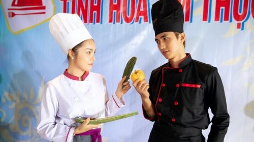 'Không đội trời chung' trong 'Tiệm ăn dì ghẻ', quan hệ ngoài đời giữa Dương Cẩm Lynh và Bình An ra sao?
