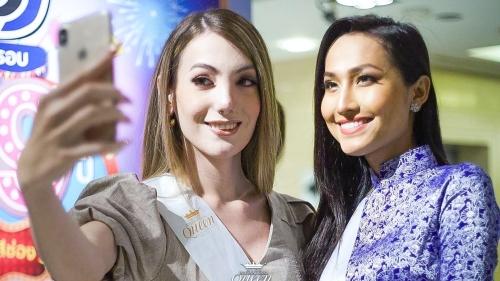 Hoài Sa mang áo dài lên kênh truyền hình lớn của Thái Lan trong khuôn khổ 'Miss International Queen'