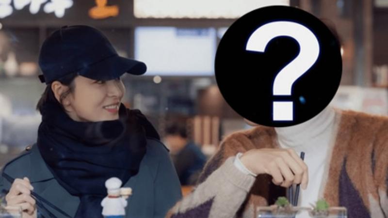 Xóa mọi 'dấu vết' liên quan tới Song Joong Ki nhưng Song Hye Kyo lại giữ lại ảnh của người đàn ông bị nghi là nguyên nhân khiến cuộc hôn nhân thế kỷ tan vỡ