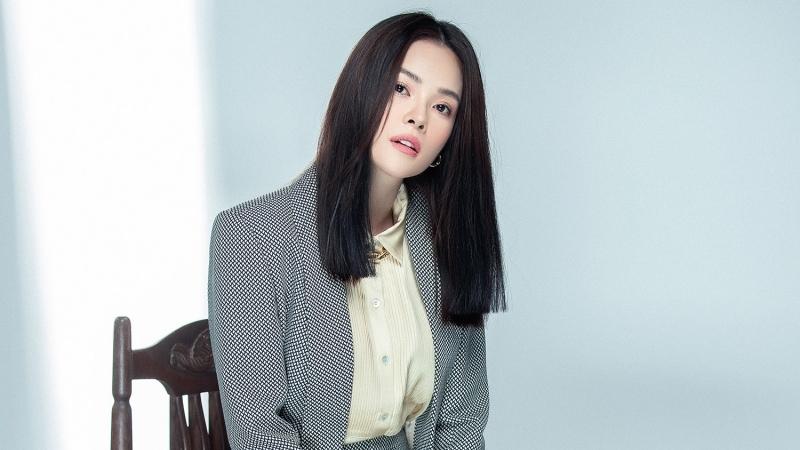 Dương Cẩm Lynh vui vẻ tự nhận: 'Tôi giống Song Hye Kyo khoảng chừng 50%'