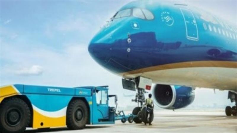 'Siêu máy bay' Airbus A350-900 bị mắc kẹt, sân bay Nội Bài bị đình trệ