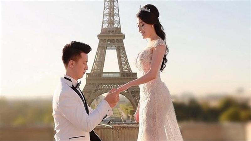 Sang tận Paris để cầu hôn nhưng đến khi ly hôn, Nguyễn Trọng Hưng lại để vợ cũ 'tình nguyện' trả hết lệ phí?