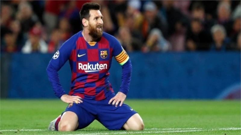 [Cập nhật] Messi đồng ý đề nghị 700 triệu euro; Sếp Barca liên tục bị đâm chọc vì thất tín