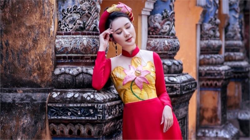 Mỹ nhân có mái tóc đẹp nhất Hoa hậu Việt Nam 2016 đẹp dịu dàng với áo dài