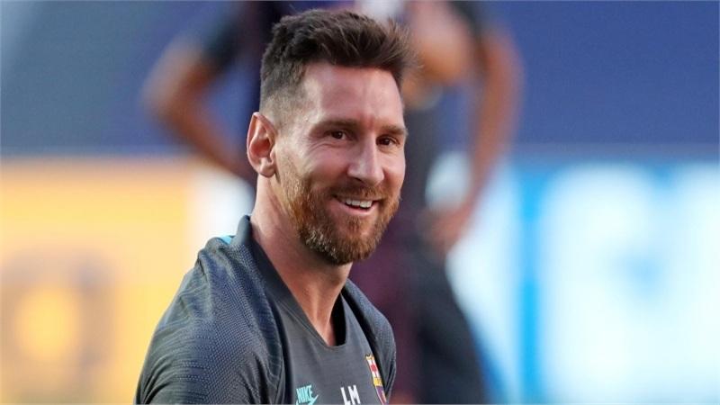 Hai lần Messi khiến cả thế giới đảo điên vì 'nước đi này mình đi nhầm, cho mình đi lại nha'