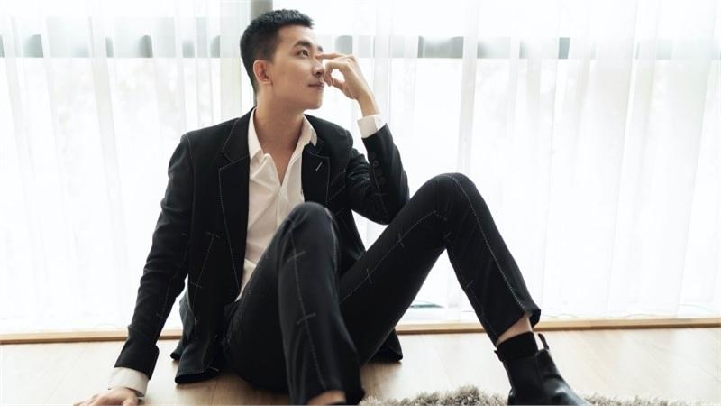 Võ Cảnh ngại ngùng khi được khán giả khen ngợi đẹp như sao Hàn