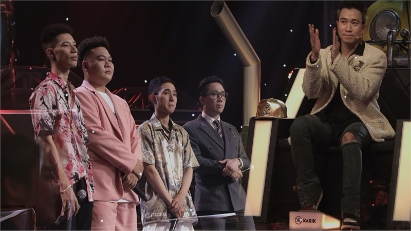'Rap Việt': Fan khóc thét, Wowy cảm thán 'quá xa xỉ' khi Karik ghép cặp thi đấu 'một mất một còn'
