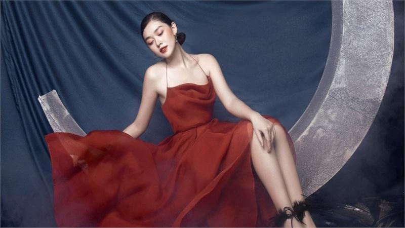Tưởng không hợp mà hợp không tưởng - Á hậu Tường San tung bộ ảnh hóa 'chị Nguyệt' đậm màu Trung thu
