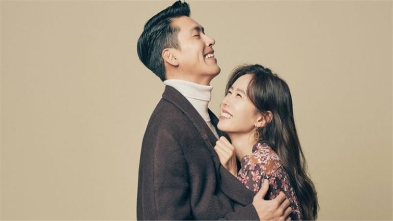 Truyền thông Trung phân tích chuyện Son Ye Jin thường xuyên có động thái lạ liên quan đến Hyun Bin: Vô tình để lộ chuyện hẹn hò hay chiêu trò tạo tin đồn?
