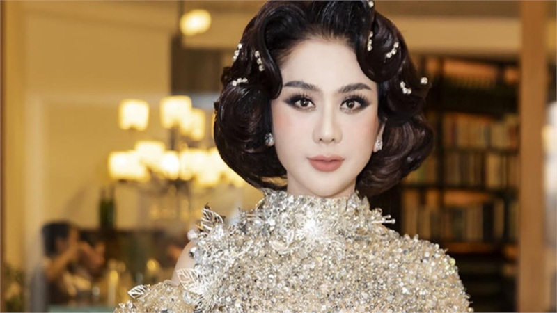 Gia thế và tài sản khủng của Lâm Khánh Chi, mua nhà 30 tỷ cũng 'nhẹ như lông hồng'