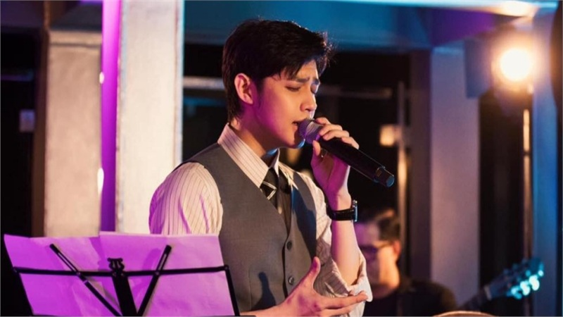 Noo Phước Thịnh biểu diễn trong đêm gala cuộc thi VNBA - Beauty Awards 2020, fan đồng loạt hỏi: 'Có mang bài mới lên không anh?'
