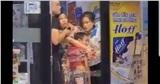 Nam thanh niên nghi ngáo đá, dùng dao khống chế 2 mẹ con và nữ nhân viên ở Sài Gòn