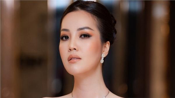 Phỏng vấn nóng giám khảo HHVN 2020 - Á hậu Thụy Vân: Tiết lộ tính cách thật và điều bí mật phía sau đôi chân mê người của Đỗ Thị Hà