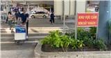Chờ thang máy 30 phút mới đưa được mẹ lên chỗ bắt xe, người dân ngán ngẩm với cách phân làn mới ở sân bay Tân Sơn Nhất