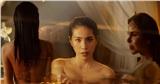 Thủy Tiên khoe trọn cơ thể trong MV mới, 'hot girl chuyển giới' Linda bất ngờ xuất hiện chiếm spotlight