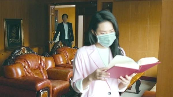 'Chọc tức vợ yêu' tập 22-23: Lộ chân dung đối tượng xem mắt 'dày cả album', chủ tịch cuống cuồng giải thích với Nhã Đan