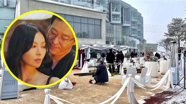 Rúng động: Rò rỉ đám cưới vương giả của Cheon Seo Jin - Joo Dan Tae trong 'Penthouse 2'