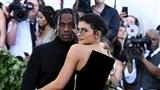 Kylie Jenner lên kế hoạch đám cưới 30 triệu đô cùng bạn trai
